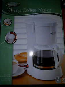 10 cup coffee maker BRAND NEW