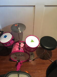 Kids Drums and seat