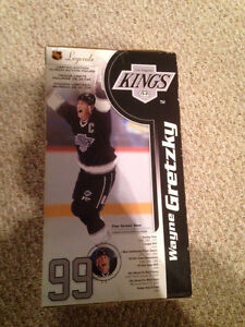 "Limited Edition Wayne Gretzky L.A. Kings NHL 12"" McFarlane London Ontario image 2"