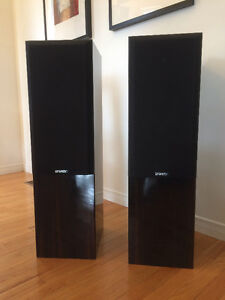 Energy Connoisseur C4 Speakers, Cardas cables included!