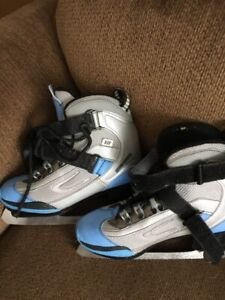Ladies size 5 skates - fits more like a 6 or 6,5