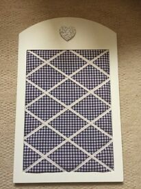 Gingham noticeboard