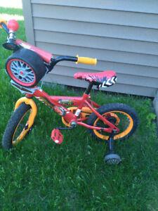 bicyclette flash mcqueen 12