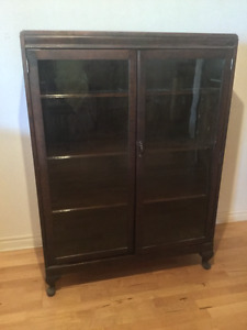 Vintage Solid wood display cabinet/ bookcase