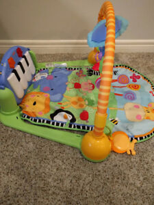 Fischer-Price Piano Gym, Kick and Play