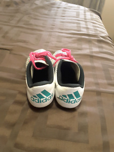 Girls Adidas soccer cleats, outdoor size 4