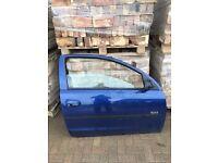 Corsa c 2005 3 door complete drivers door in ultra blue z21 07594145438
