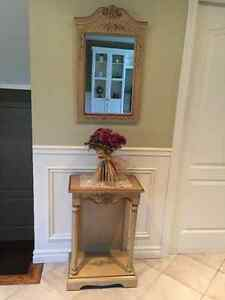 Table d'appoint et Miroir en bois / Accent Table Mirror in wood