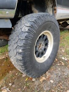 """37"""" tires and 17"""" aftermarket wheels"""