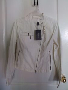Mabrun Women's white fall jacket Size 44 XS New with tags London Ontario image 1