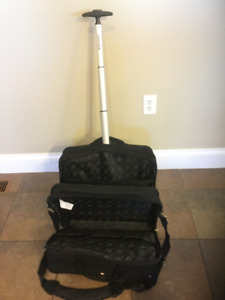 WHEELED BRIEFCASE (NEVER USED)