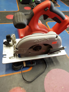 Milwaukee 18-Volt-6-1-2in-Circular saw