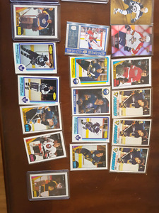 48 random cards, some inserts.  68 rookie cards. Full set of 198