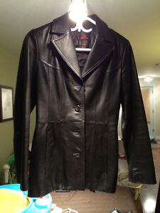 Danier leather jacket - manteau en cuir