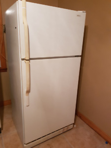 FRIDGE IN WORKING ORDER.  ONLY $80 FIRM TO SELL QUICK!