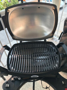 Weber Q® 1400™ 1560-Watt Portable Electric Grill with Cart