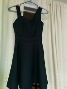 Classy size small dresses - price drop