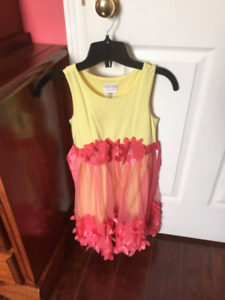Beautiful size 7 girls clothes
