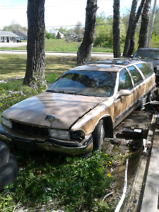 1996 Buick Roadmaster for parts