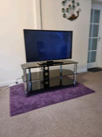 TV stand Gloss Black Glass