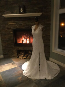 robe de mariage fantastique à vendre, jamais porté, grandeur 8