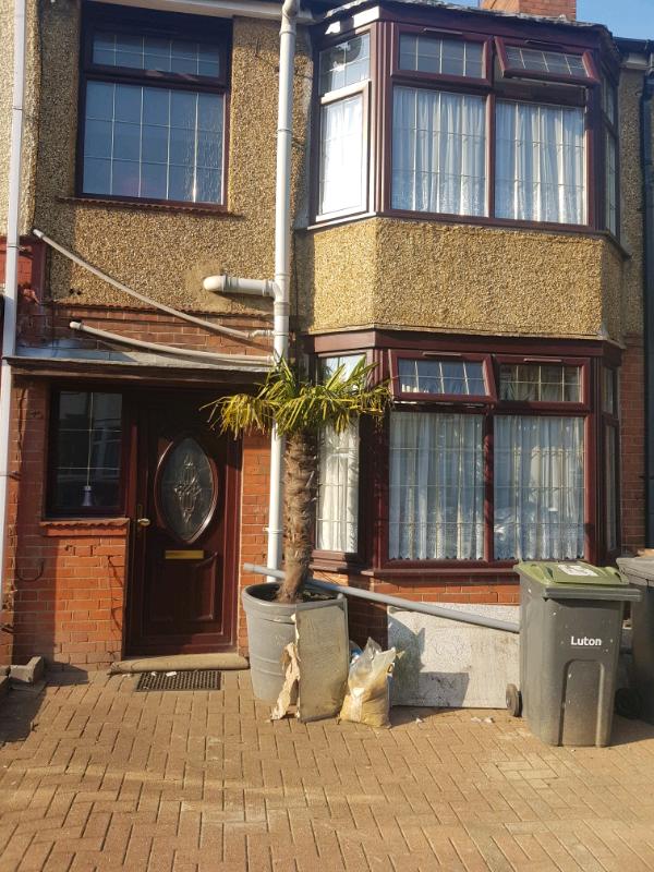 Wondrous House For Rent In Luton Bedfordshire Gumtree Download Free Architecture Designs Lukepmadebymaigaardcom