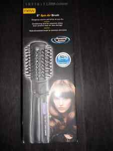 For Sale - Conair Infinity Spin Brush $40.00 New in box London Ontario image 1