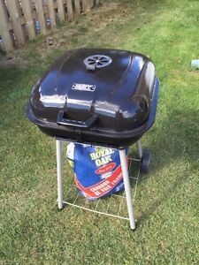 Charcoal grill brand new used one time only