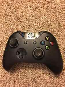 Used Xbox One (Controller, Box, Power Adapter) Peterborough Peterborough Area image 5
