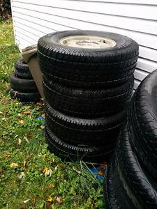 4 pneus 265/75R16