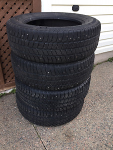 4 Studded Tires P225/65 R 17
