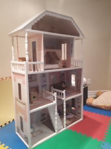 Kids Kraft Doll House