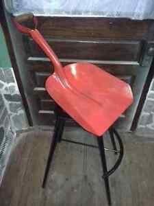 Rare Unique Swiveling Shovel Seat Bar Stool - Dutch Auction Kitchener / Waterloo Kitchener Area image 3
