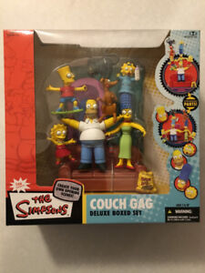 "THE SIMPSONS ""Couch Gag"" Deluxe Boxed Set (McFarlane)(2006)"