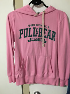 Women sweaters in great condition