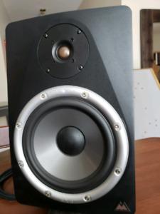 Bx8 m-audio
