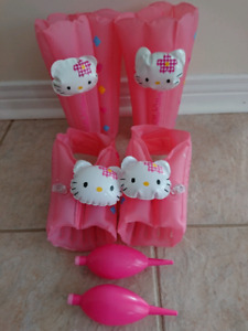 Hello Kitty Inflatable Foot and Leg Messager