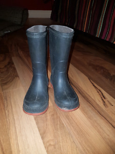 Rubber boots toddler size 8
