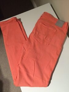 2 pair of BENCH skinny jeans-size 31
