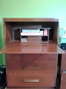 Simpsons Bureau/ desk