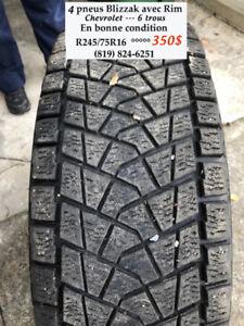 Le Père-Noël est passé et il a réduit le prix des pneus