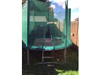 10ft Trampoline with enclosure and ladder