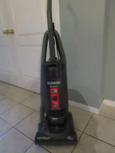 EUREKA UPRIGHT VACUUM CLEANER