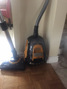 Like new Eureka ready force  Vaccum Cleaner