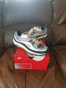 Nike Air Max 98 OG Tour Yellow Size 9.5 Yeezy Jordan supreme
