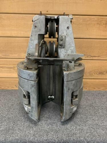 **USED** GMP J2 Cable Lasher