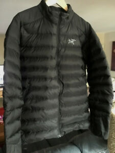Arc'teryx SMIRNOFF Men's Cerium Down Jacket Black Large Medium