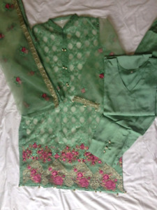 EID Clothes- Pakistani/Indian outfits