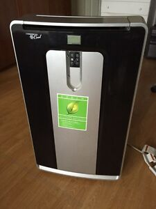 14000 BTU portable air conditioner/dehumidifier