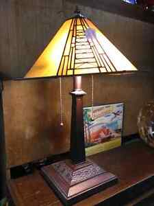 TIFFANY STYLE LIGHT STAINED GLASS AMBER GLOW